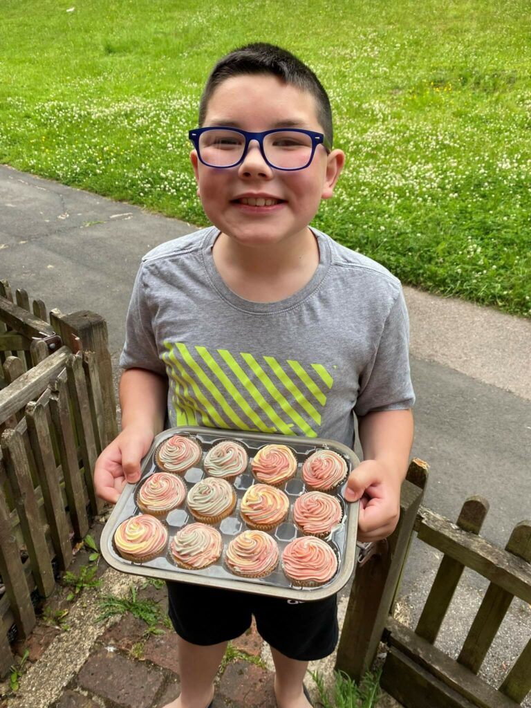 Andover Branch Celebrate Armed Forces Day With Cupcakes 3